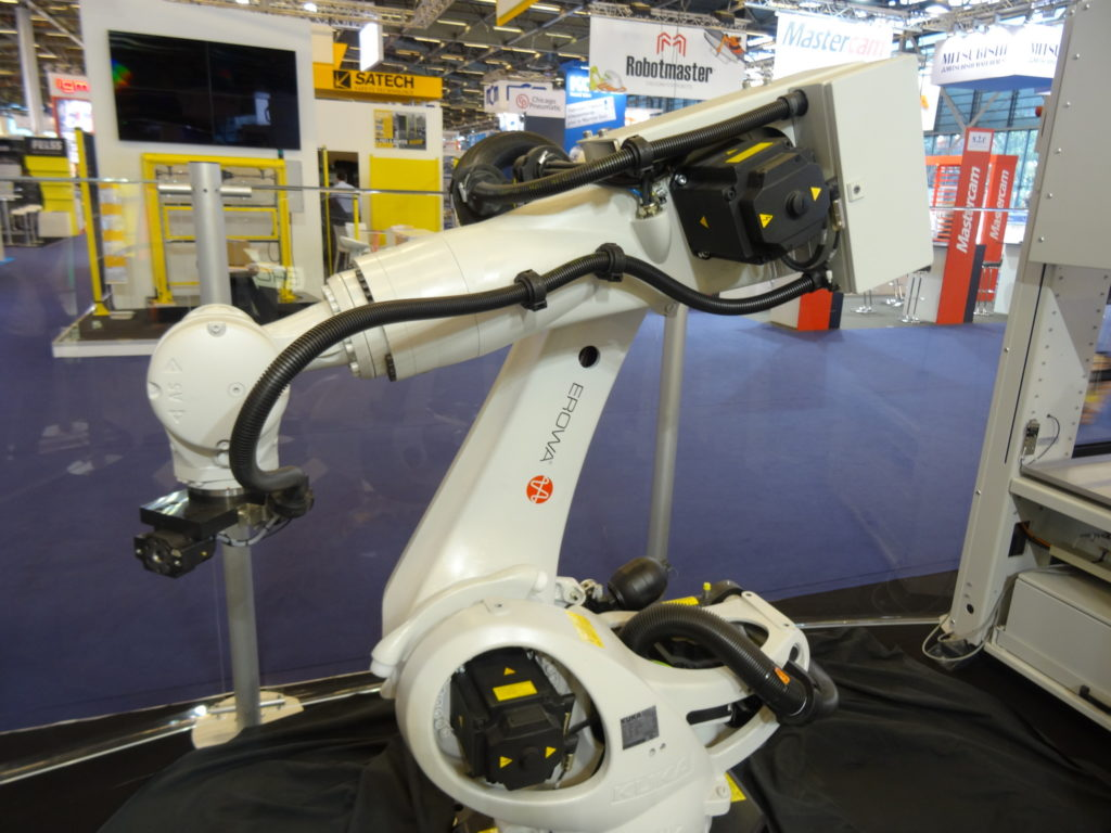 Robot Six permet d'augmenter la production facilement